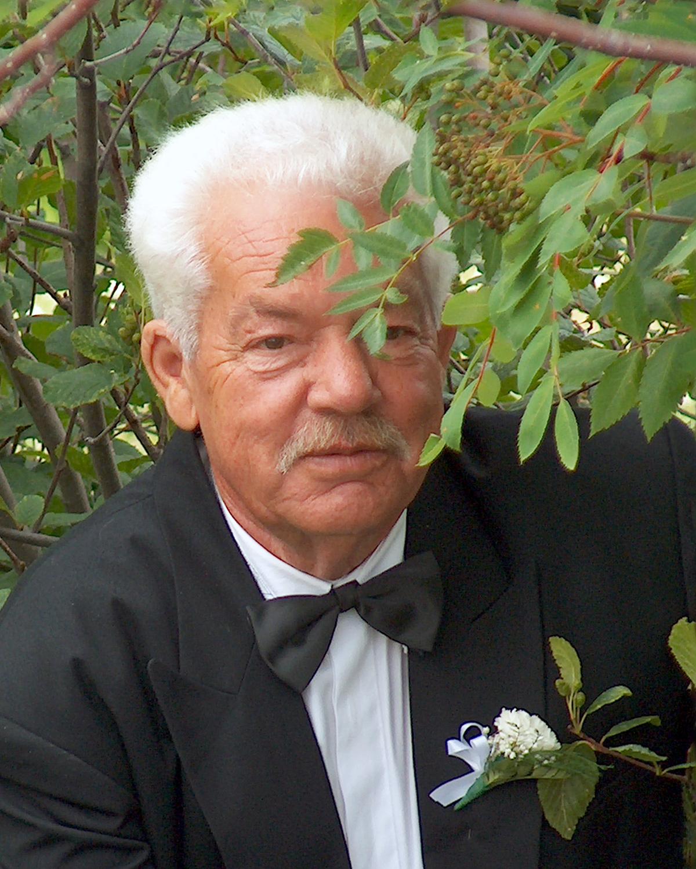 BEZEAU, Raymond
